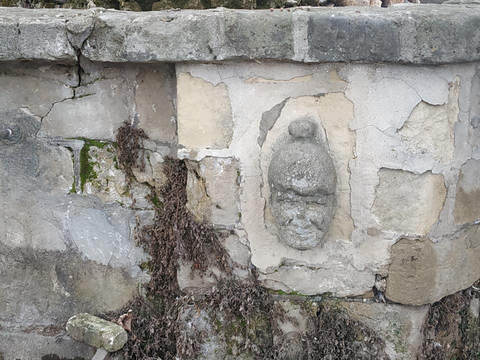 Διάδοχος Κωνσταντινος